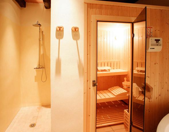 Badezimmer Mit Sauna Und Whirlpool Der Finca Rotana Corazon - Mallorca