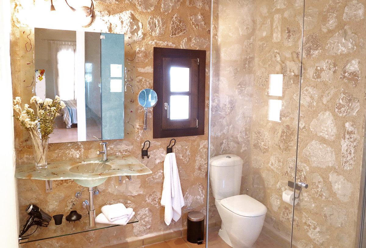 badezimmer mit natursteinwand – elvenbride, Deko ideen